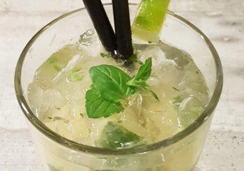 Cocktailabend mit leckeren Häppchen