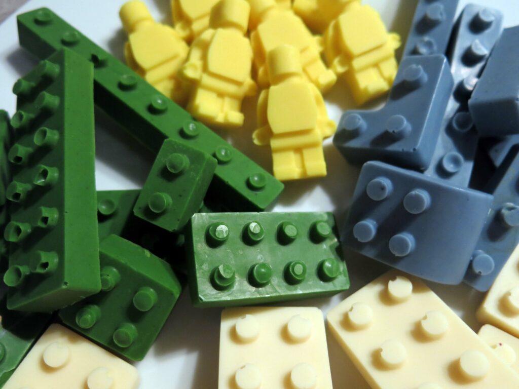 Legosteine und mehr am Geburtstag